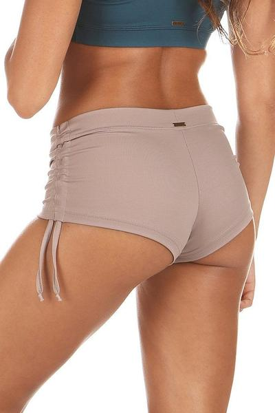 Mikaela Short Moonlight Mika.Fitness Shorts for women. Sport Shorts for women. Yoga Shorts. Hot Yoga Shorts. Bikram Yoga Shorts. Ropa de danza. Ropa de baile. Ropa de pole. Ropa de yoga. Ropa de fitness. Ropa deportiva mujer. Women sportwear. Activewe ShortsPole. Short Yoga. short Hot Yoga. Short Bikram Yoga. Short Fitness. Active wear. Sport wear. Women's Clothes.